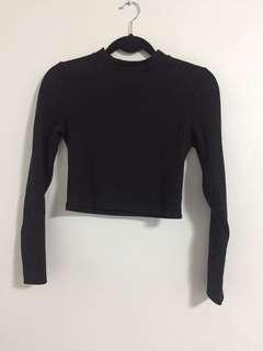 H&M black cropped long sleeve top