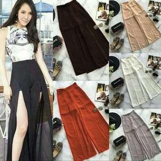 Long slit pants outfit woman