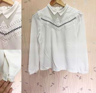 HQ White Collared Longsleeves Top ❤️