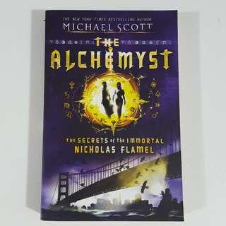 The Alchemyst (The Secrets of the Immortal Nicholas Flamel, #1) by Michael Scott