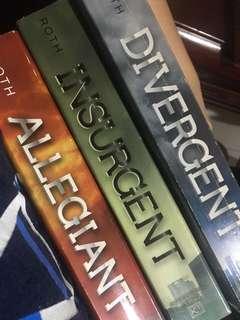 DIVERGENT SET (book bundle)
