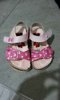 Minnie mouse sandal shoe