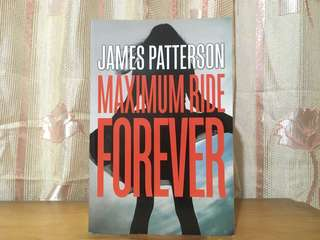 (Preloved) Maximum Ride Forever