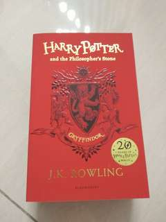 Harry Potter and the Philosopher's Stone 20th Anniversary Edition (Gryffindor)