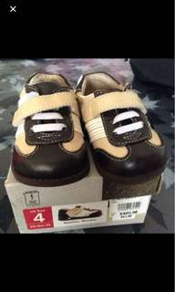Baby shoes see kai run 13cm