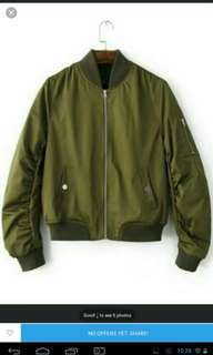 Bomber Jckt Olive Green Last Stock on sale L only in packing