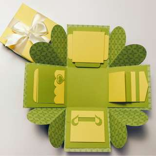Autumn Leaf Explosion Gift Box