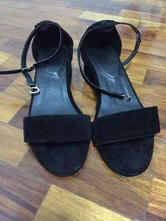 Prome&Theus black block heels