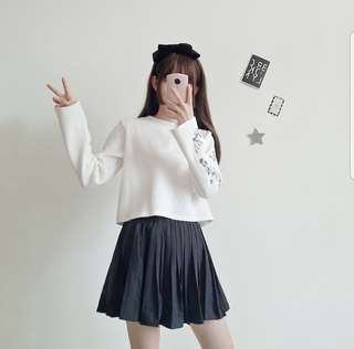 Ulzzang Floral Embroidery White Crop
