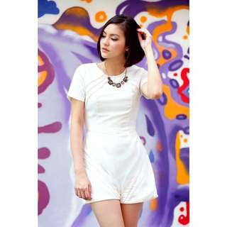 BN TVD Kerlyn Piped Romper in White (S)