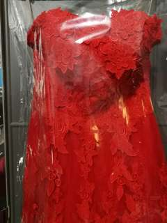 2nd hand Red Wedding Gown