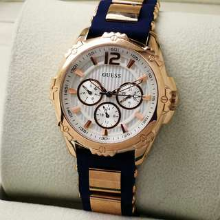 GUESS LADIES RUBBER EXCULISIVE