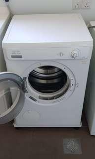 Electrolux Dryer 6kg Load