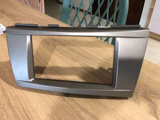 Toyota Camry Head-unit cover