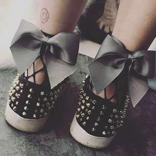 Ribbon Mesh Fishnet Socks (Grey)