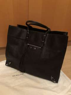 ✨24Hrs Specail Offer ✨ Balenciaga Tote Bag ( L Size )