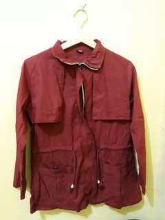 Jaket parka maroon