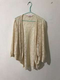 Jrep OUTER, FREE SIZE, VERY GOOD CONDITION