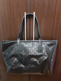 Like New 100% Authentic Gucci Black Bag