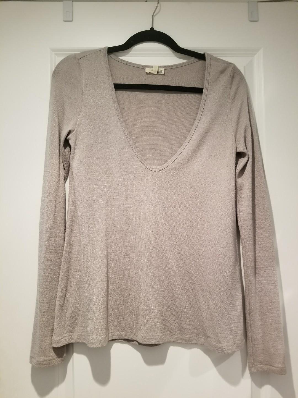 Aritzia Wilfred Free Shirt Size small