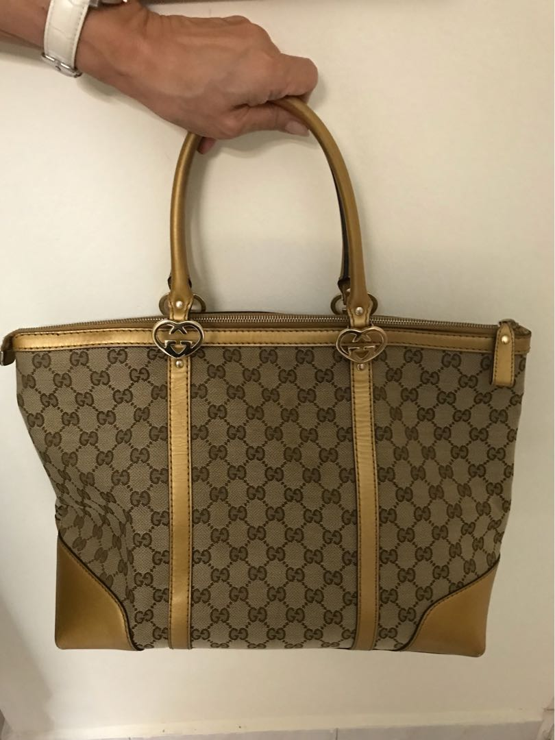 b50573f0031 Genuine Gucci Bag for sale, Luxury, Bags & Wallets on Carousell