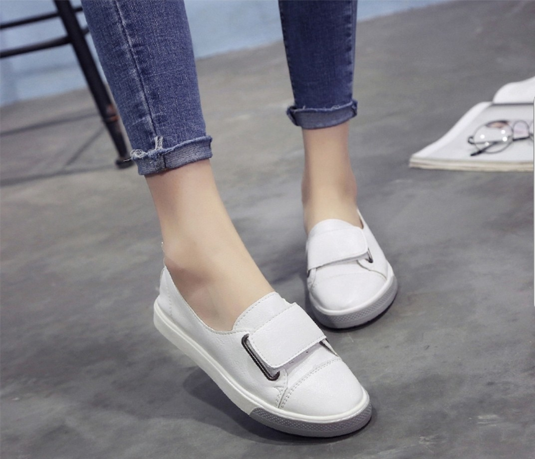 Soft White Leather Canvas Girl Shoe