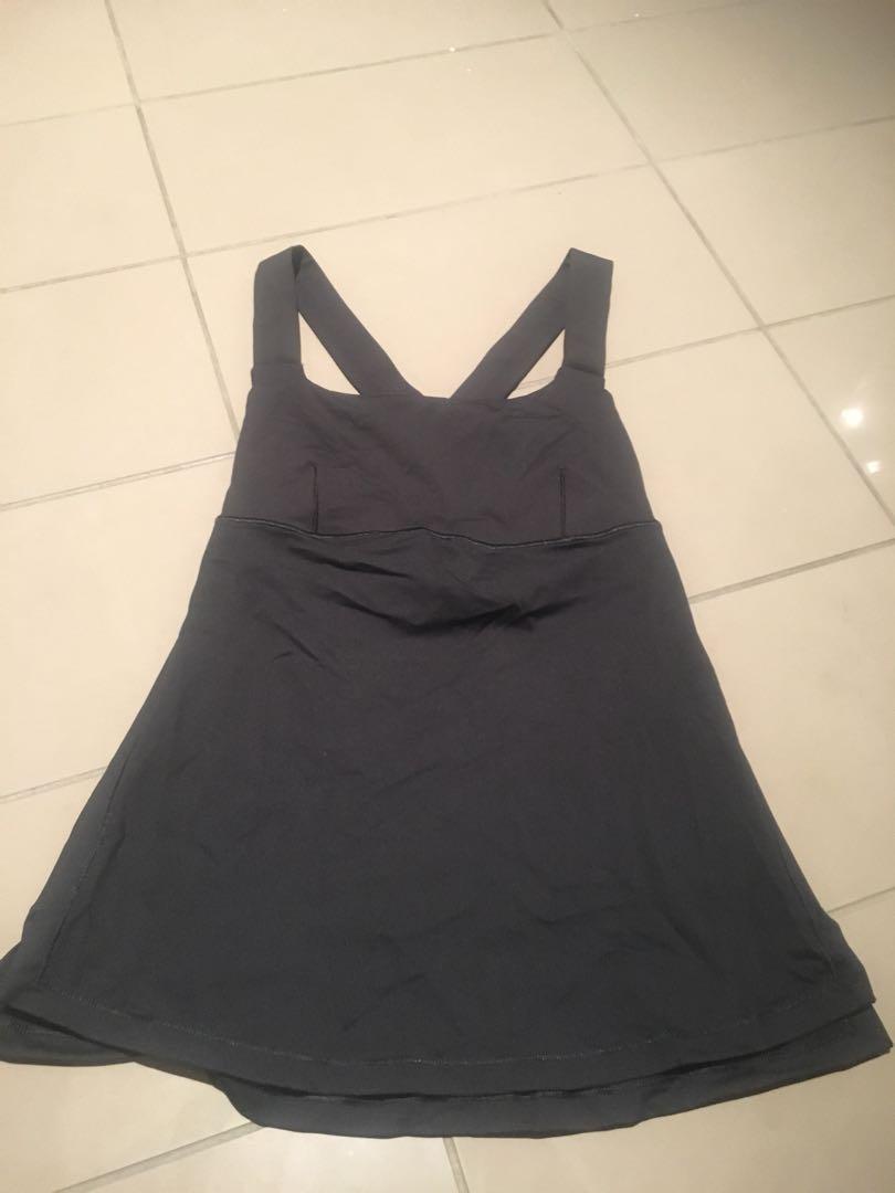 Lululemon sports top and bra