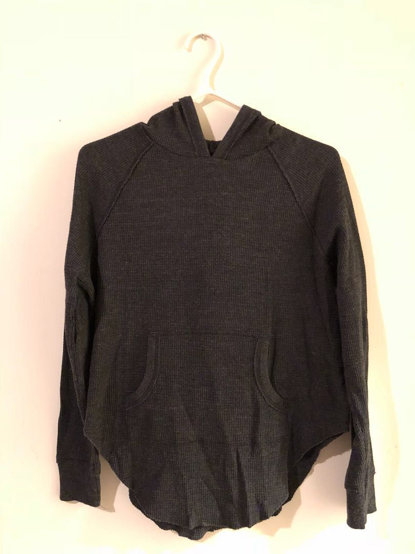 Nevado Thermal TNA sweater from Aritzia