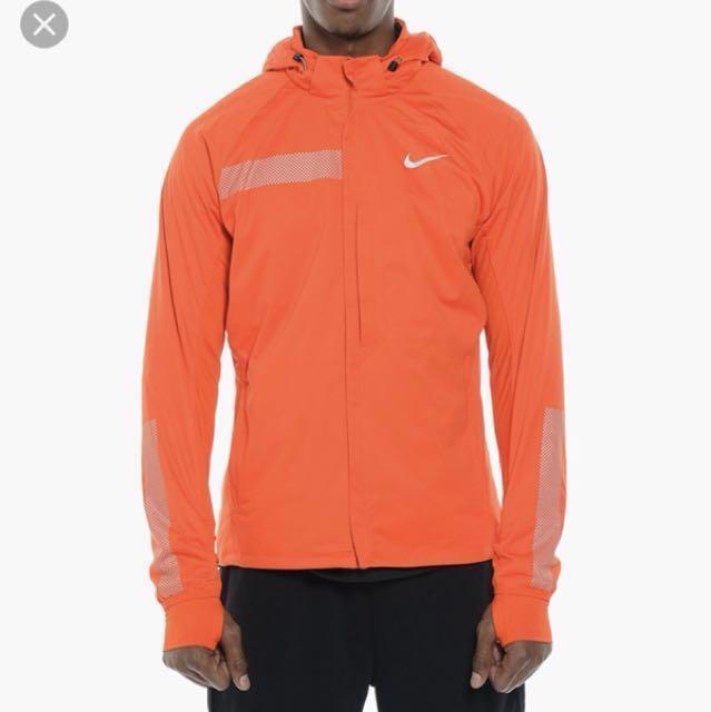 b48bf5b24700 Nike Element Shield Max Jacket 運動外套橙色,size L,99% new
