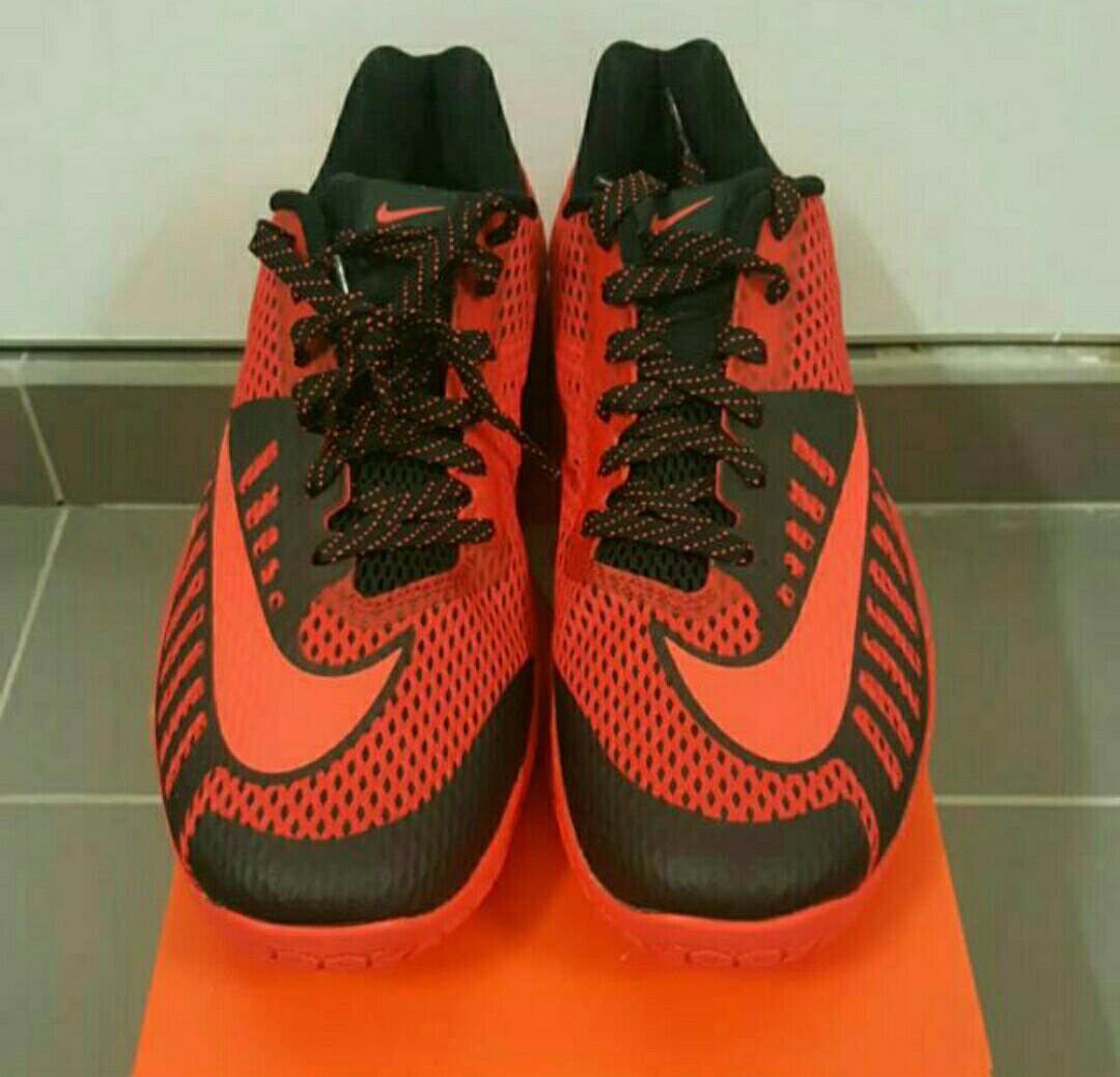 f965d6665f7 Nike Hyperlive Basketball Shoe