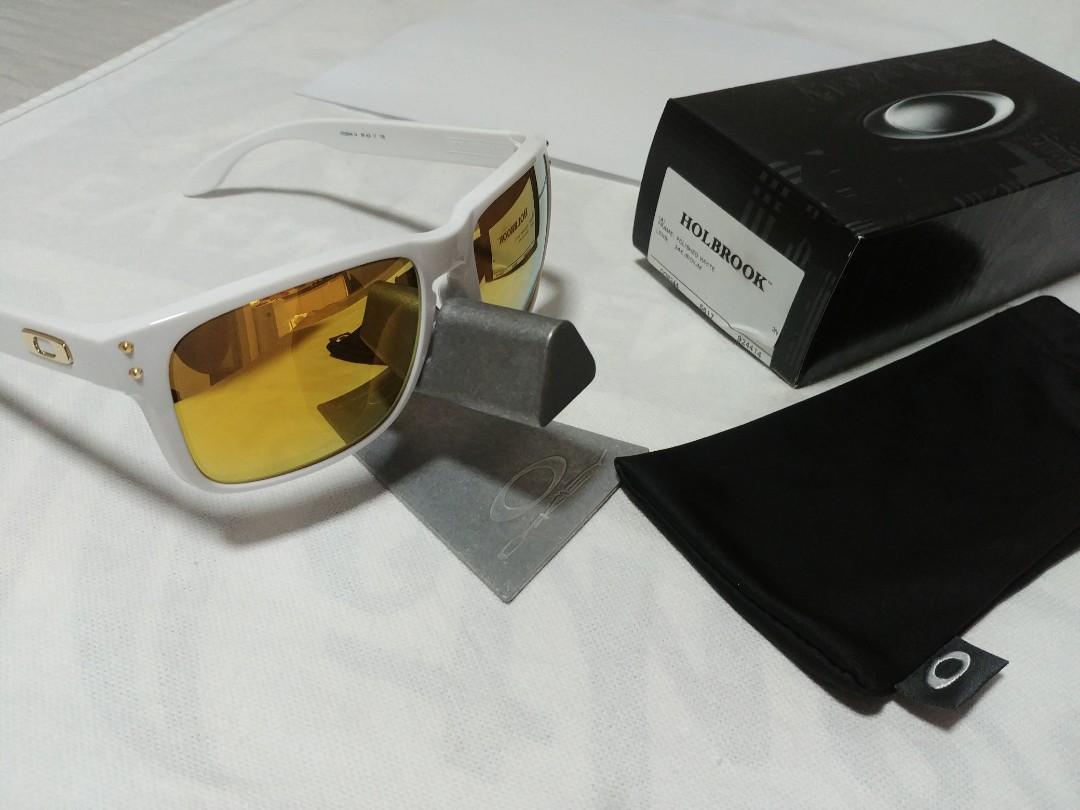 9518b9cd2b6 Oakley Holbrook (Asian-fit) Polished White
