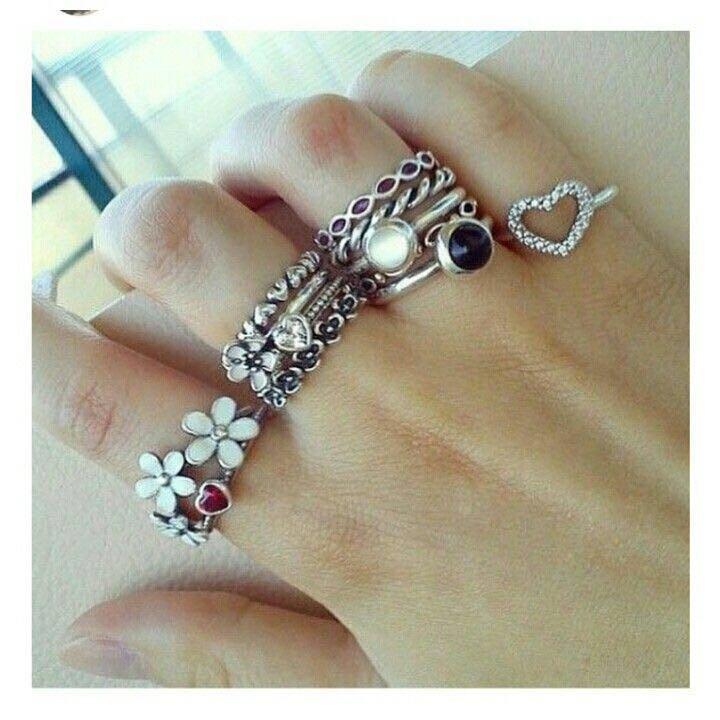 Pandora rings size 6-7