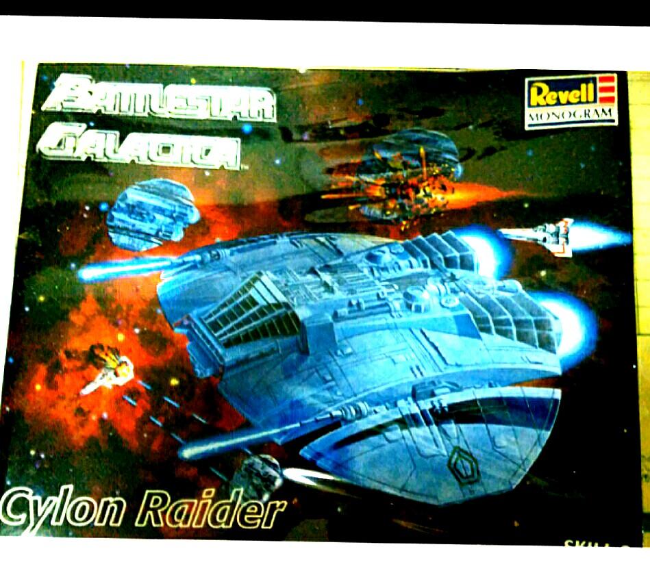 Vintage Revell Monogram Battlestar Galactica Cylon Raider