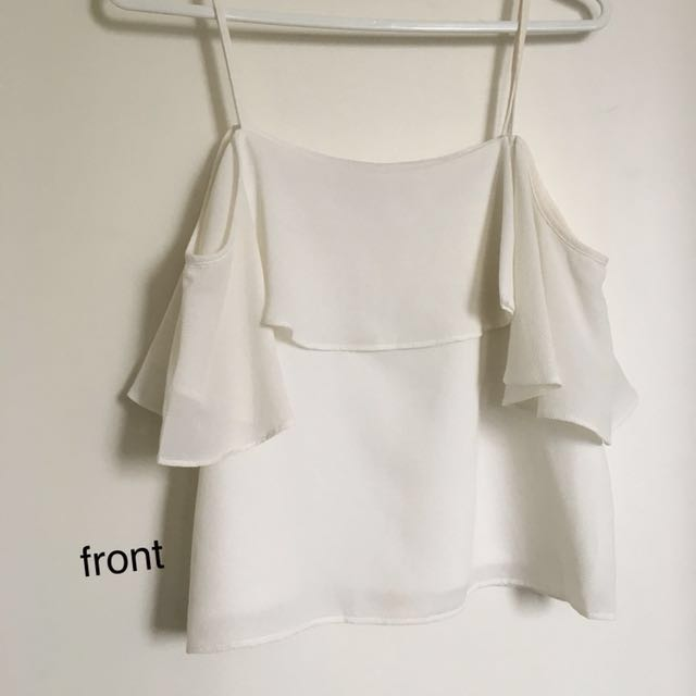 WHITE OFF THE SHOULDER TOP