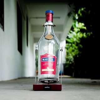 DC002 3L VSOP Martell bottle