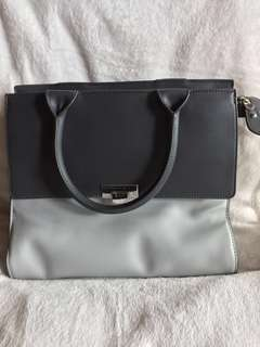 Moving out sale!🎉 Pre-loved Charles and Keith grey large handbag