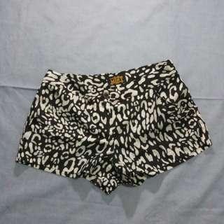 Mint printed shorts