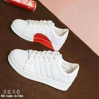 Style adidas heart sneakers