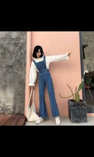 Bell bottom with slit jeans (PRE ORDER)