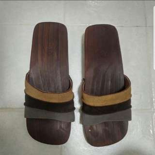 Wooden Clogs with leather strap