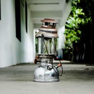DC006 Vintage Rhino Brand kerosene oil lamp