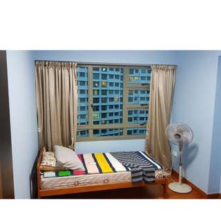 For female... Cheap..Aircon room for Rent (Punggol)