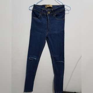 Miss Hotty Ripped Jeans (Bangkok)