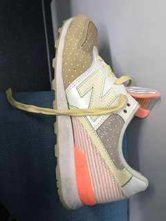 NEW BALANCE SNEAKERS AUTHENTIC