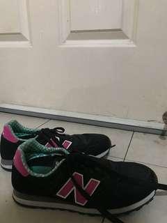 Black New Balance Sneakers