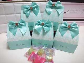 🚚 喜糖盒(以包裝完成含三顆糖果)