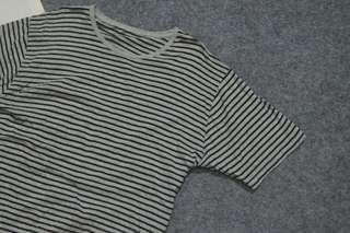 Unbrand striped tshirt