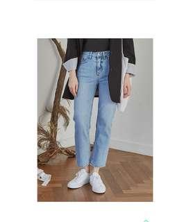 正韓 淺藍刷白牛仔褲