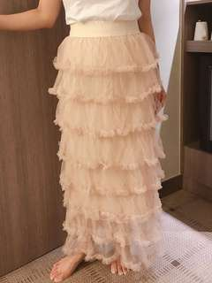 Tiered ruffles tulle maxi skirt