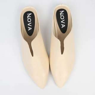 Brand new slip on pointed shoes
